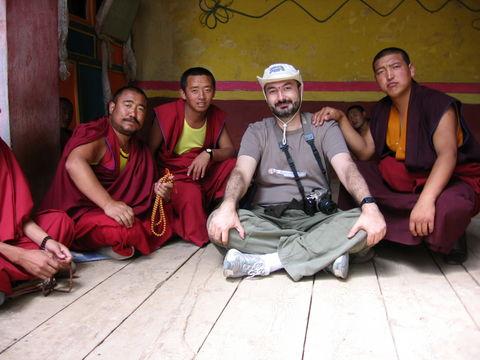 Monjes en Kandze Gompa